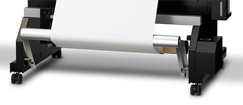 Roland VersaUV LEC-300 - Встроенная система автоматической подмотки материала